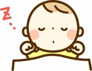 赤ちゃんの夏の布団_足で蹴る