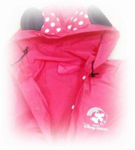 ディズニーランドでの服装 9月下旬の雨の日